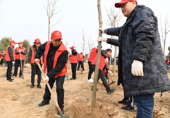 我办参加省直单位义务植树活动.JPG